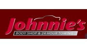 Johnnie's Body Shop & Towing